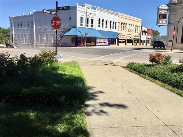 2 E Peoria Street Property Photo - Paola, KS real estate listing