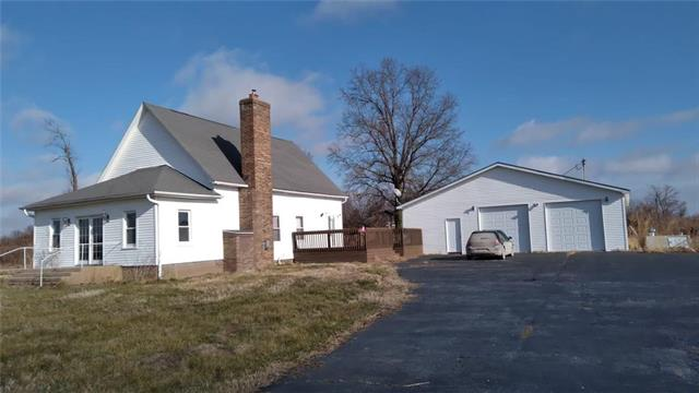 4998 NW DD Highway Property Photo - Urich, MO real estate listing