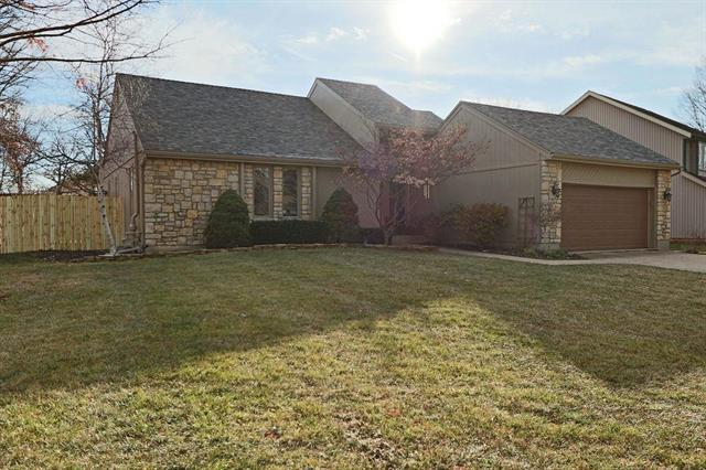 8803 W 118th Terrace Property Photo - Overland Park, KS real estate listing