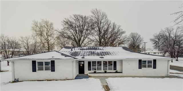 3301 Chatham Avenue Property Photo - St Joseph, MO real estate listing