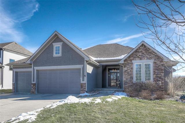 707 Danford Drive Property Photo - Louisburg, KS real estate listing