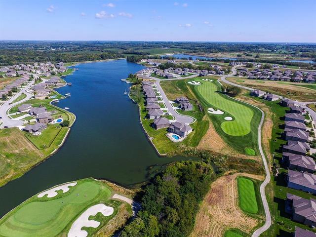 Creekmoor- Club Villas At Real Estate Listings Main Image