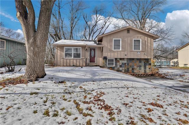 11006 Greenwood Road Property Photo