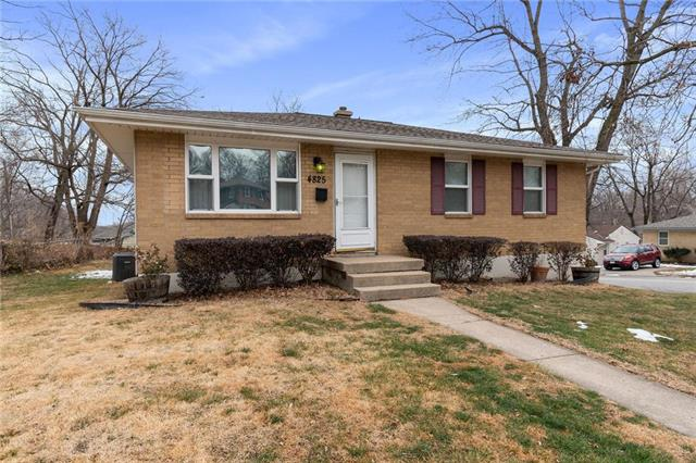 4825 N Smalley Avenue Property Photo - Kansas City, MO real estate listing
