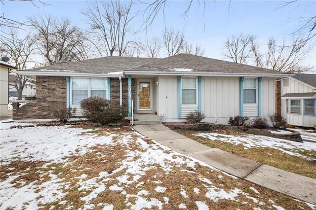 7812 Westridge Road Property Photo - Raytown, MO real estate listing