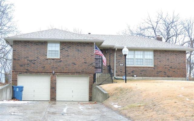 1512 N River Boulevard Property Photo