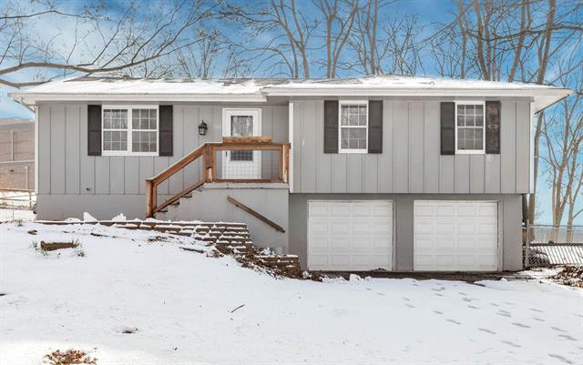 408 Ne Lakeview Drive Property Photo