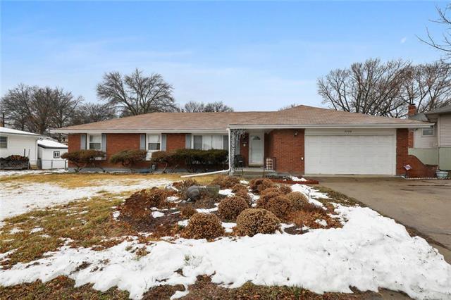 7350 Parallel Parkway Property Photo - Kansas City, KS real estate listing