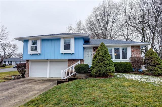 11922 Armitage Drive Property Photo - Grandview, MO real estate listing