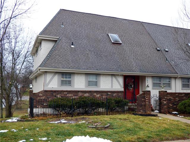 64 Woodbridge Lane Property Photo - Kansas City, MO real estate listing