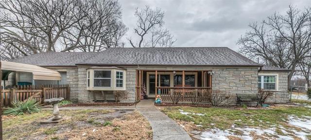 217 S Claremont Avenue Property Photo