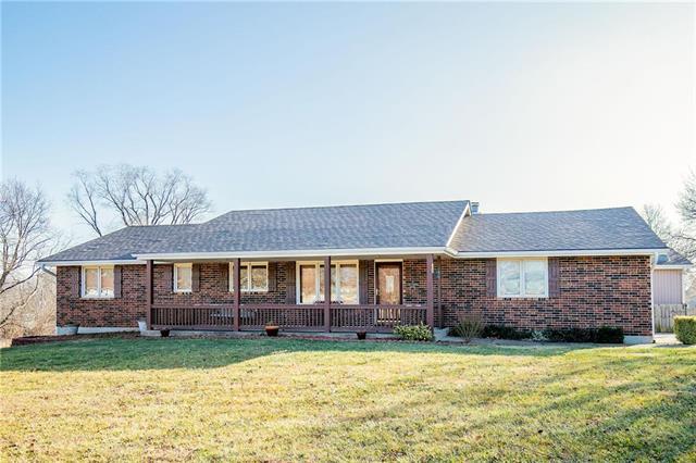 6323 W 199th Street Property Photo - Stilwell, KS real estate listing