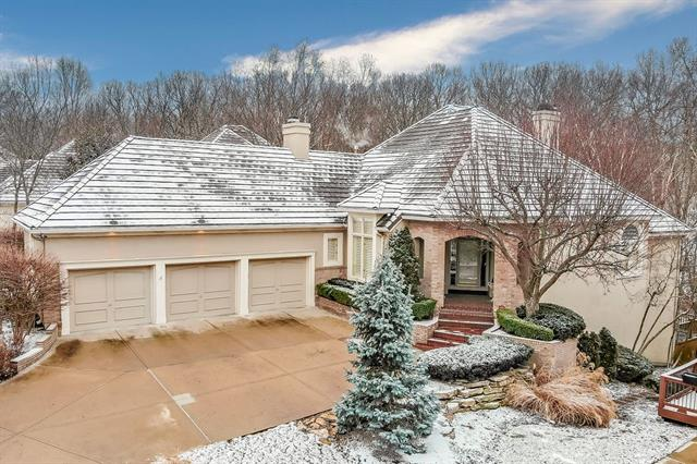 4613 N Holly Court Property Photo - Kansas City, MO real estate listing