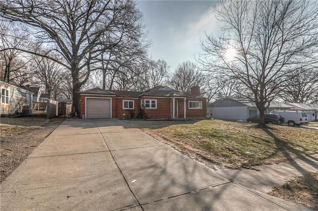 6945 BEVERLY Street Property Photo - Overland Park, KS real estate listing
