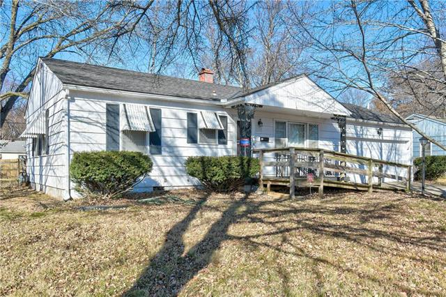 9100 Richards Drive Property Photo - Raytown, MO real estate listing