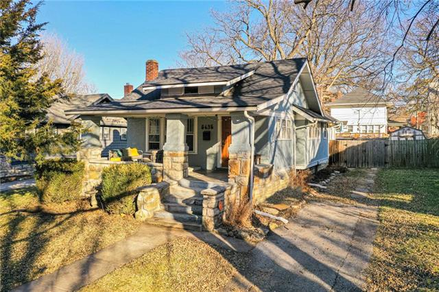 5635 Charlotte Street Property Photo - Kansas City, MO real estate listing