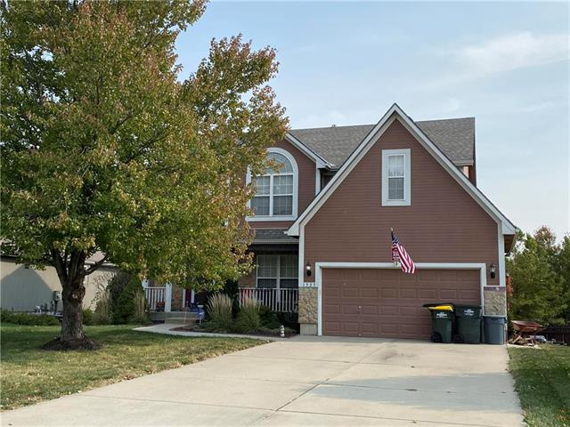 1535 Southern Hills Terrace Property Photo - Lansing, KS real estate listing