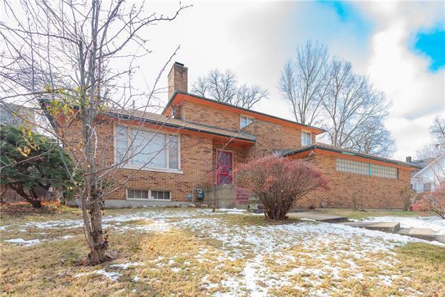 2027 OAKLAND Avenue Property Photo - Kansas City, KS real estate listing