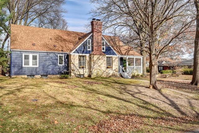 126 NE 43rd Street Property Photo - Kansas City, MO real estate listing