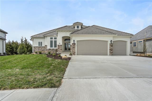 5802 N Lucerne Avenue Property Photo - Kansas City, MO real estate listing