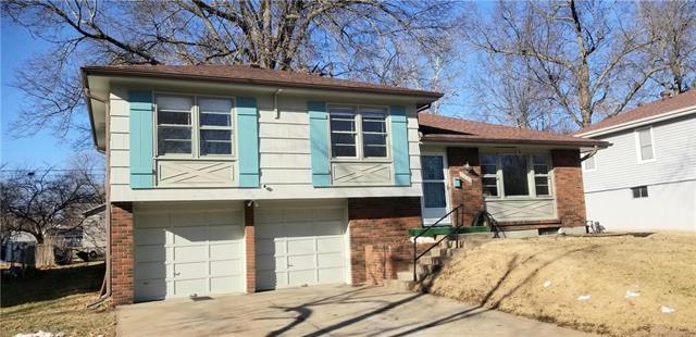 9400 Richmond Avenue Property Photo - Kansas City, MO real estate listing