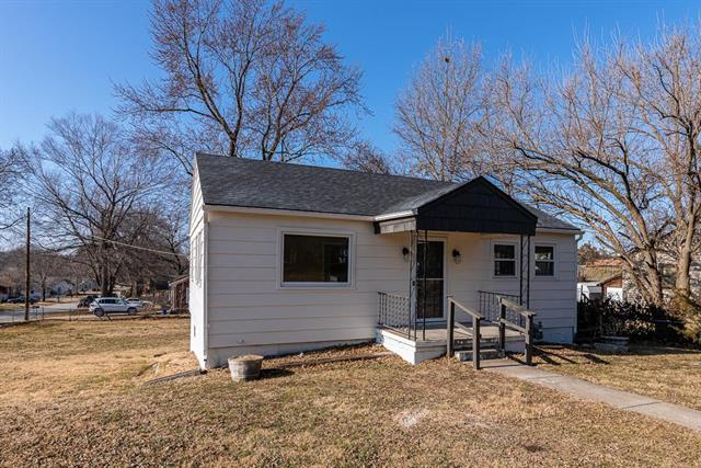 1101 N 11th Street Property Photo - Leavenworth, KS real estate listing