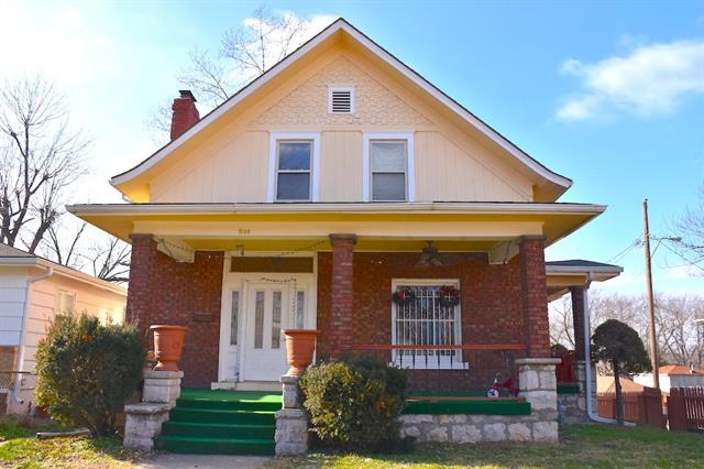 800 Bennington Avenue Property Photo - Kansas City, MO real estate listing