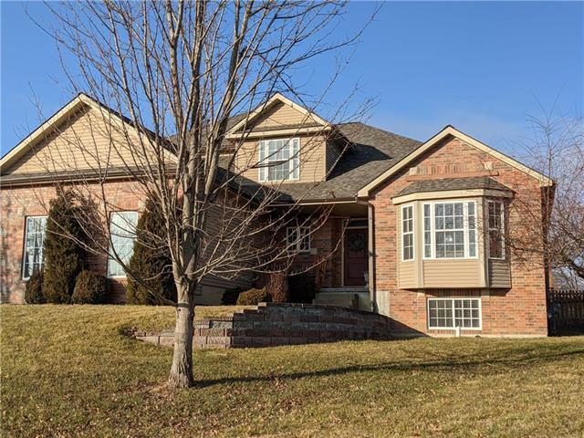 115 Deerfield Drive Property Photo - Warrensburg, MO real estate listing