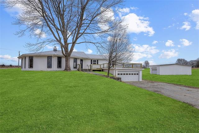 5800 E 210th Street Property Photo - Belton, MO real estate listing