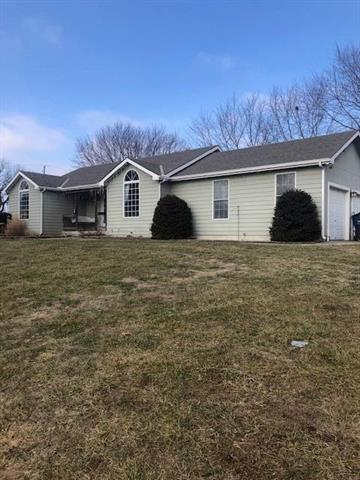 15969 152nd Street Property Photo - Bonner Springs, KS real estate listing