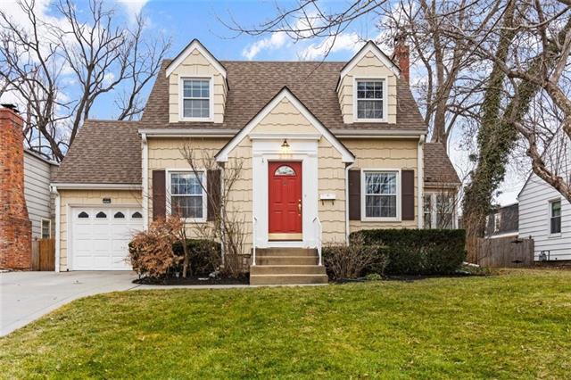 2318 W 48th Terrace Property Photo - Westwood, KS real estate listing