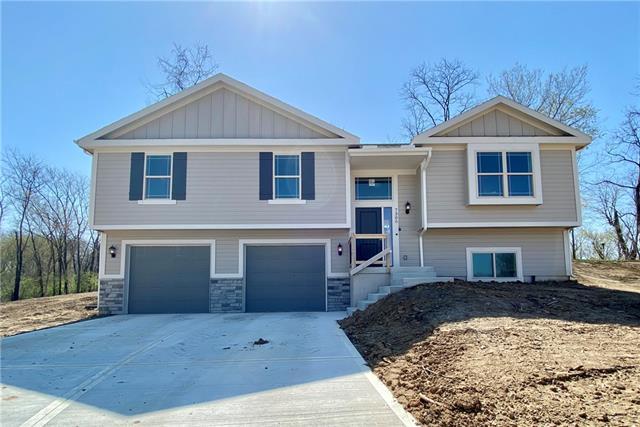 7305 N Everton Avenue Property Photo