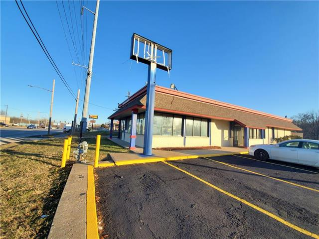 11701 W US 24 Highway Property Photo - Independence, MO real estate listing