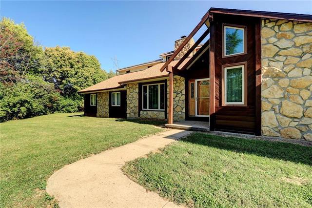 111 SE Mount Zion Road Property Photo - St Joseph, MO real estate listing