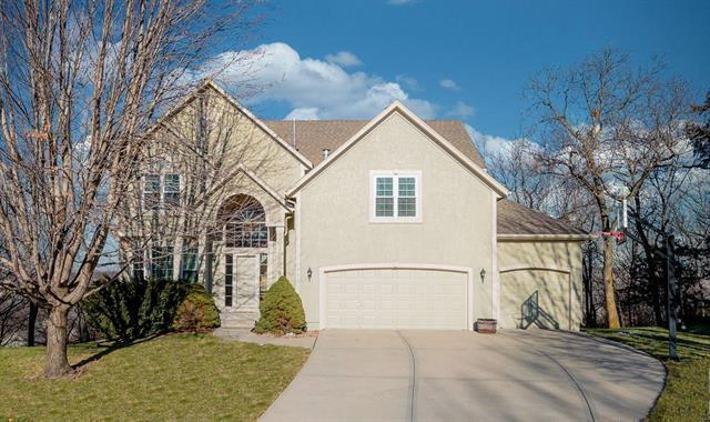 Crimson Ridge Maplewood Real Estate Listings Main Image