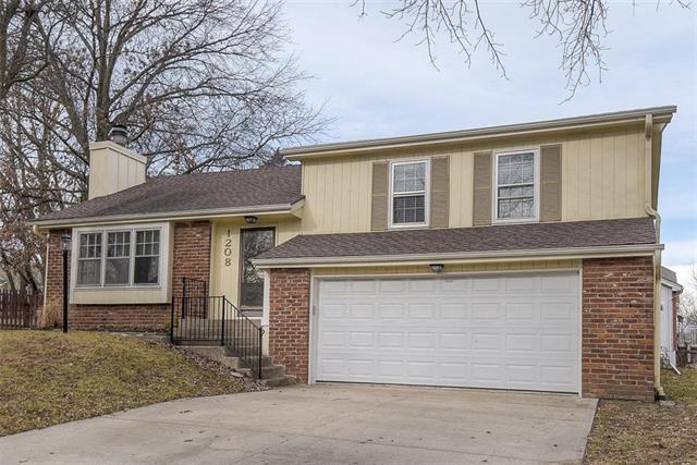 1208 NE 73rd Street Property Photo - Kansas City, MO real estate listing