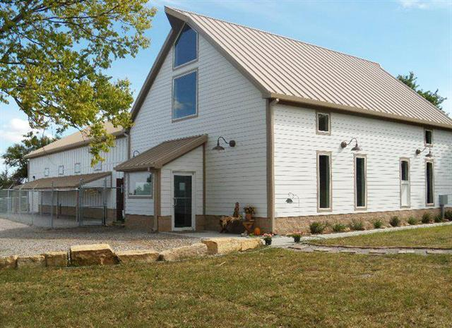 3181 Chautauqua Road Property Photo - Holton, KS real estate listing