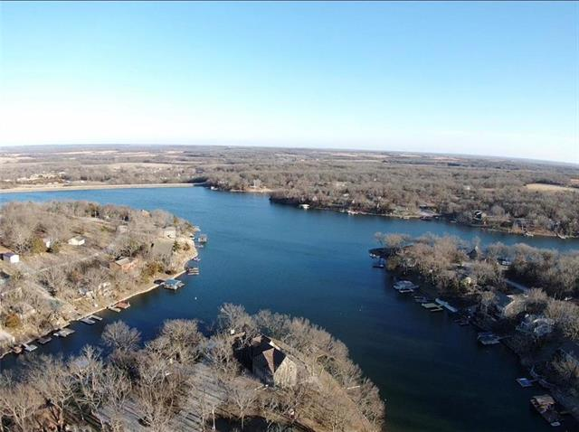 377 W Sugar Lake Drive Property Photo - Mound City, KS real estate listing