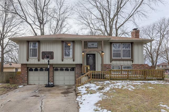 8003 Bel Ray Drive Property Photo - Belton, MO real estate listing
