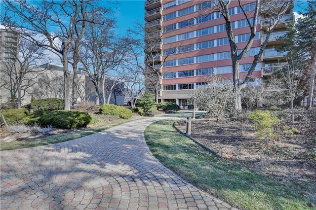 2510 Grand Boulevard #1503 Property Photo - Kansas City, MO real estate listing