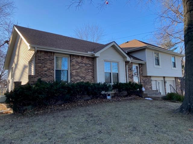 6100 Greenwood Street Property Photo - Shawnee, KS real estate listing