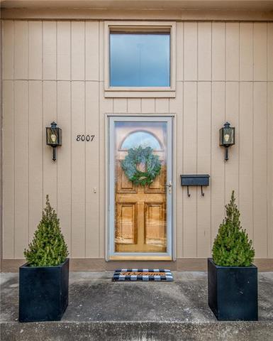 8007 W 99th Street Property Photo - Overland Park, KS real estate listing