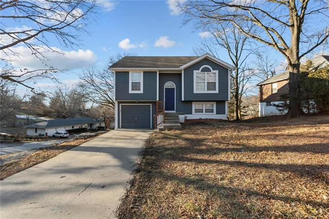 422 Ridge Drive Property Photo - Sugar Creek, MO real estate listing