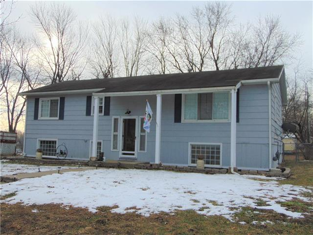 607 S Westview Drive Property Photo - Richmond, MO real estate listing