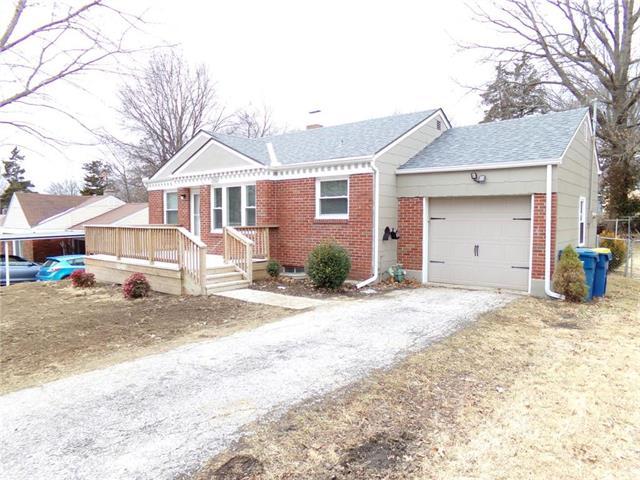 1004 Saint Louis Avenue Property Photo