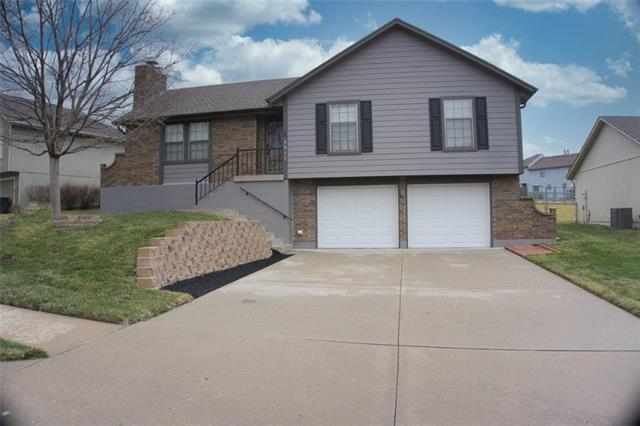 1517 N Manor Circle Property Photo - Independence, MO real estate listing