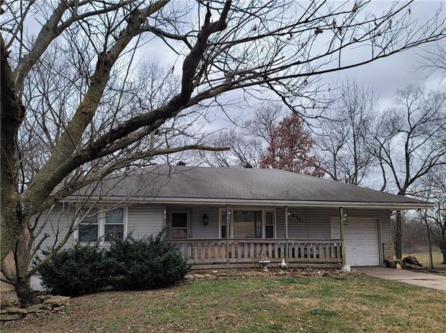 8901 E 35th Street Property Photo - Kansas City, MO real estate listing