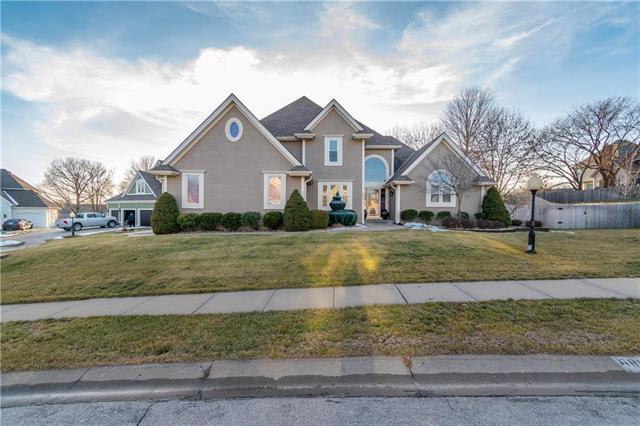 6808 N Charleston Drive Property Photo - Kansas City, MO real estate listing