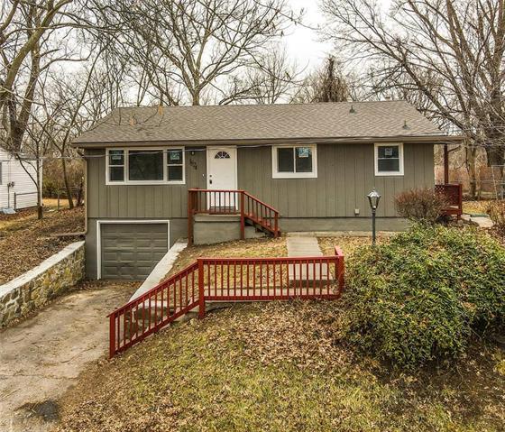 1824 N 51st Terrace Property Photo - Kansas City, KS real estate listing