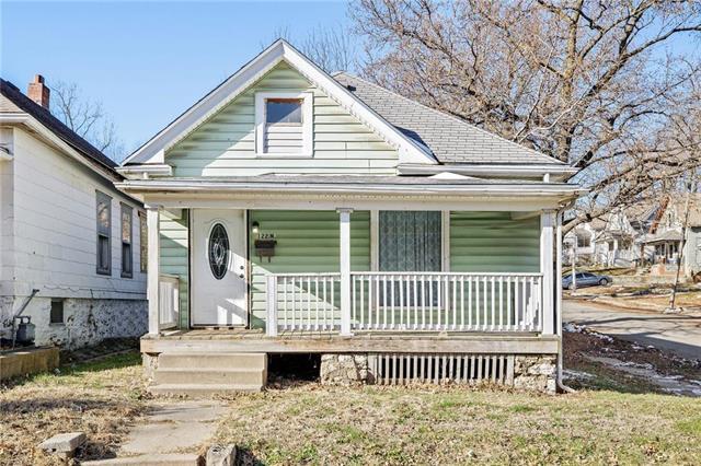 122 N Elmwood Avenue Property Photo - Kansas City, MO real estate listing